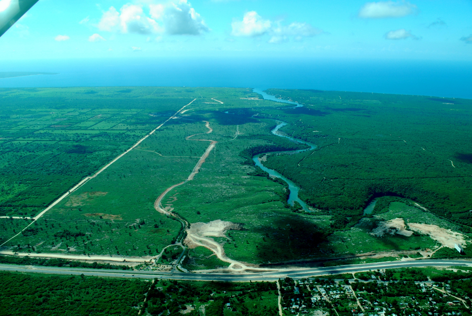 Additional photo for property listing at 2,893 acres Oceanfront at Cumayasa, La Romana, Dominican Republic 拉罗马纳, 多米尼加共和国