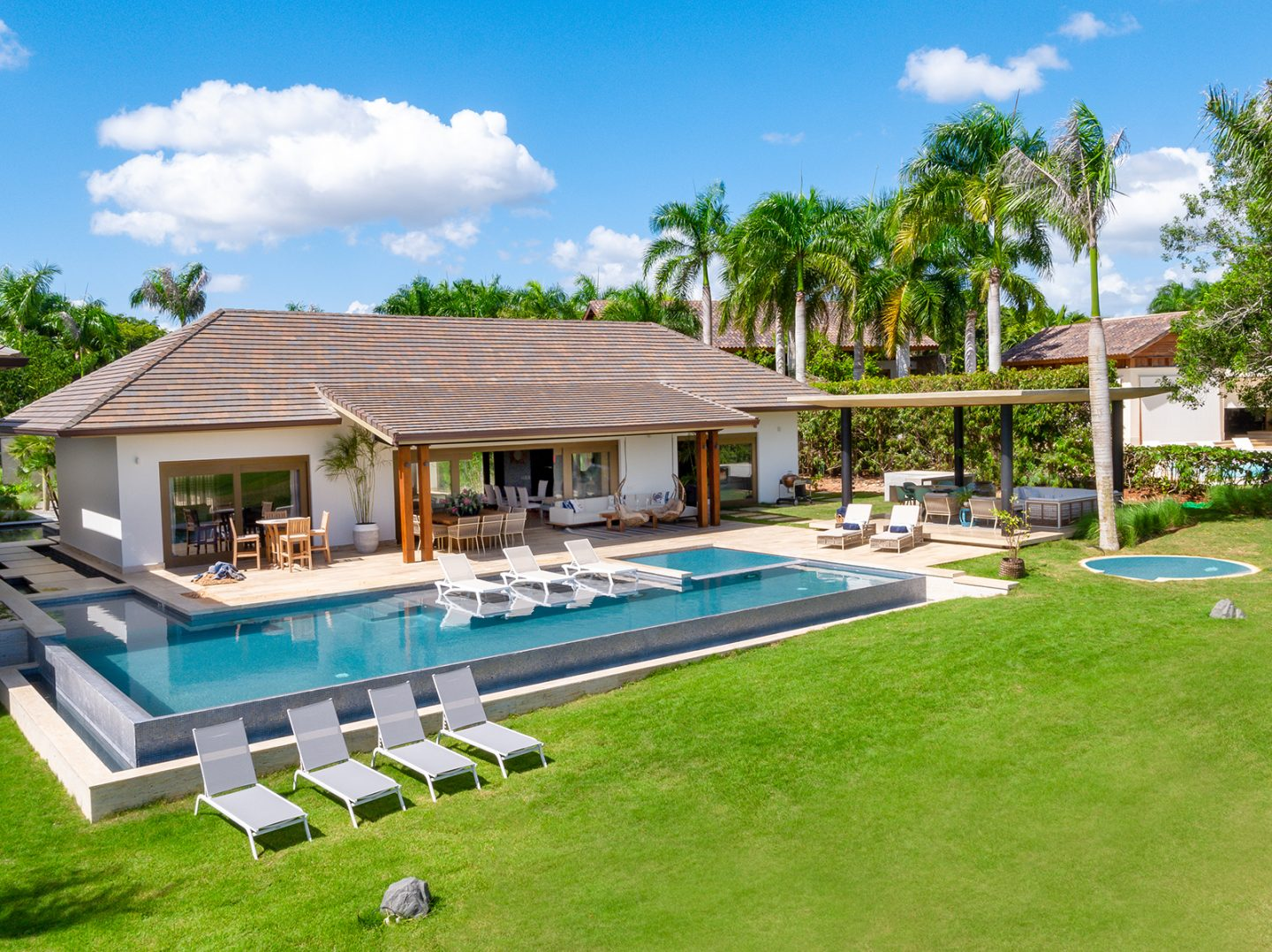 Elegant and Brand New frontline golf Villa at Casa de Campo