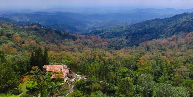 La Neblina, La Colonia, Cambita for Sale