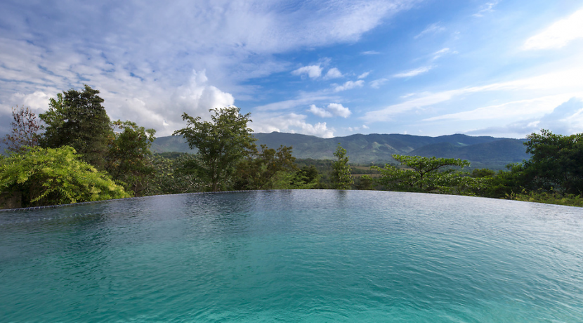 Juan Carlos Tafur, Chic Private Retreat, Suburb, Infinity pool, Gym, Spa, Celebrity architect, private, secure, control access