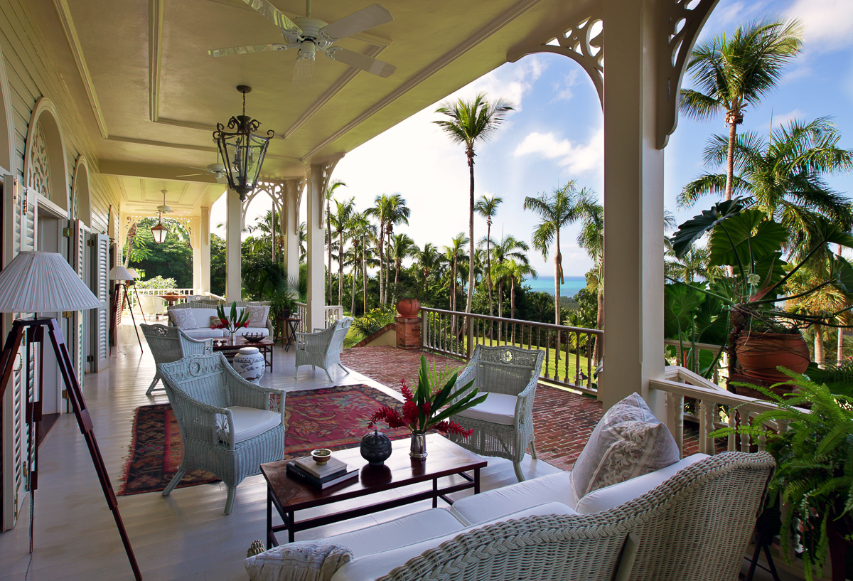 The Peninsula House – A plantation-style mansion set at Samana