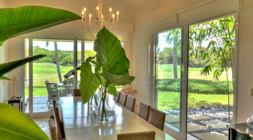 dining-room-at-villa-arrecife-42-in-the-dominican-republic