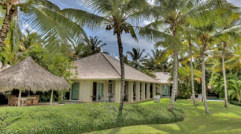 exterior-and-garden-at-villa-arrecife-42-in-the-dominican-republic