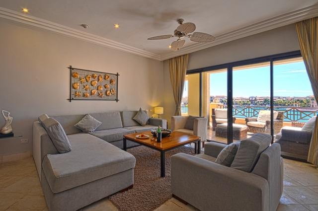ALV_Diamond_ThreeBedroom_Suite_Living