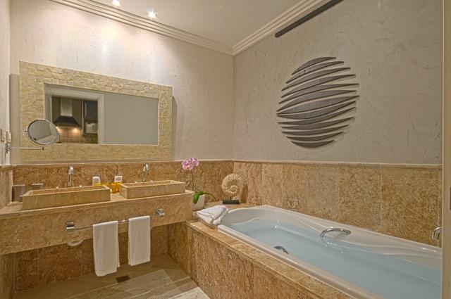 ALV_JuniorSuite_Bath