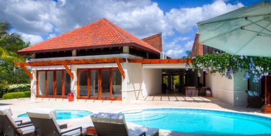 5 Bedrooms Villa at Las Cañas 33