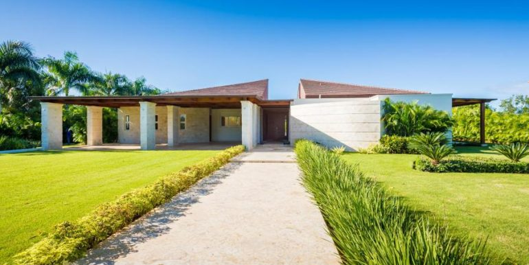 Beautiful Contemporary Villa at Las Cañas 2, Casa de Campo Resort