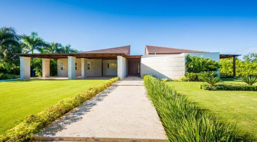 Beautiful Contemporary Villa at Las Cañas 2, Casa de Campo Resort