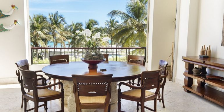 panoramic-beachfront-condo-cap-cana12