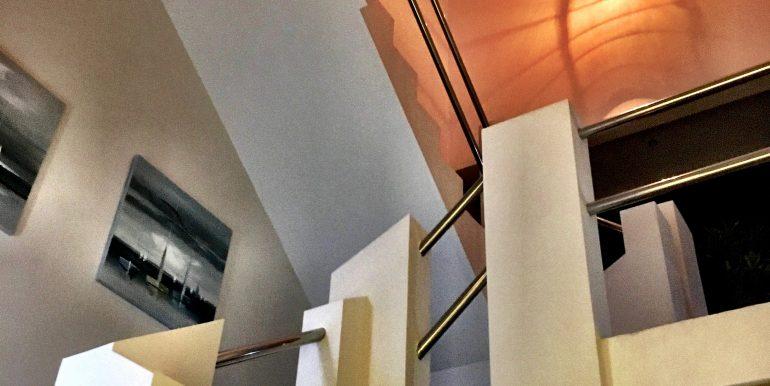 Casa-22_stairs_2