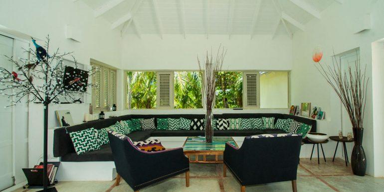 Beachfront Investor's Villa Tabiki10