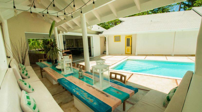 Beachfront Investor's Villa Tabiki8