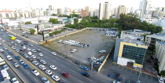 6,750 m2 Prime Lot in the Financial and Commercial Center of Santo Domingo
