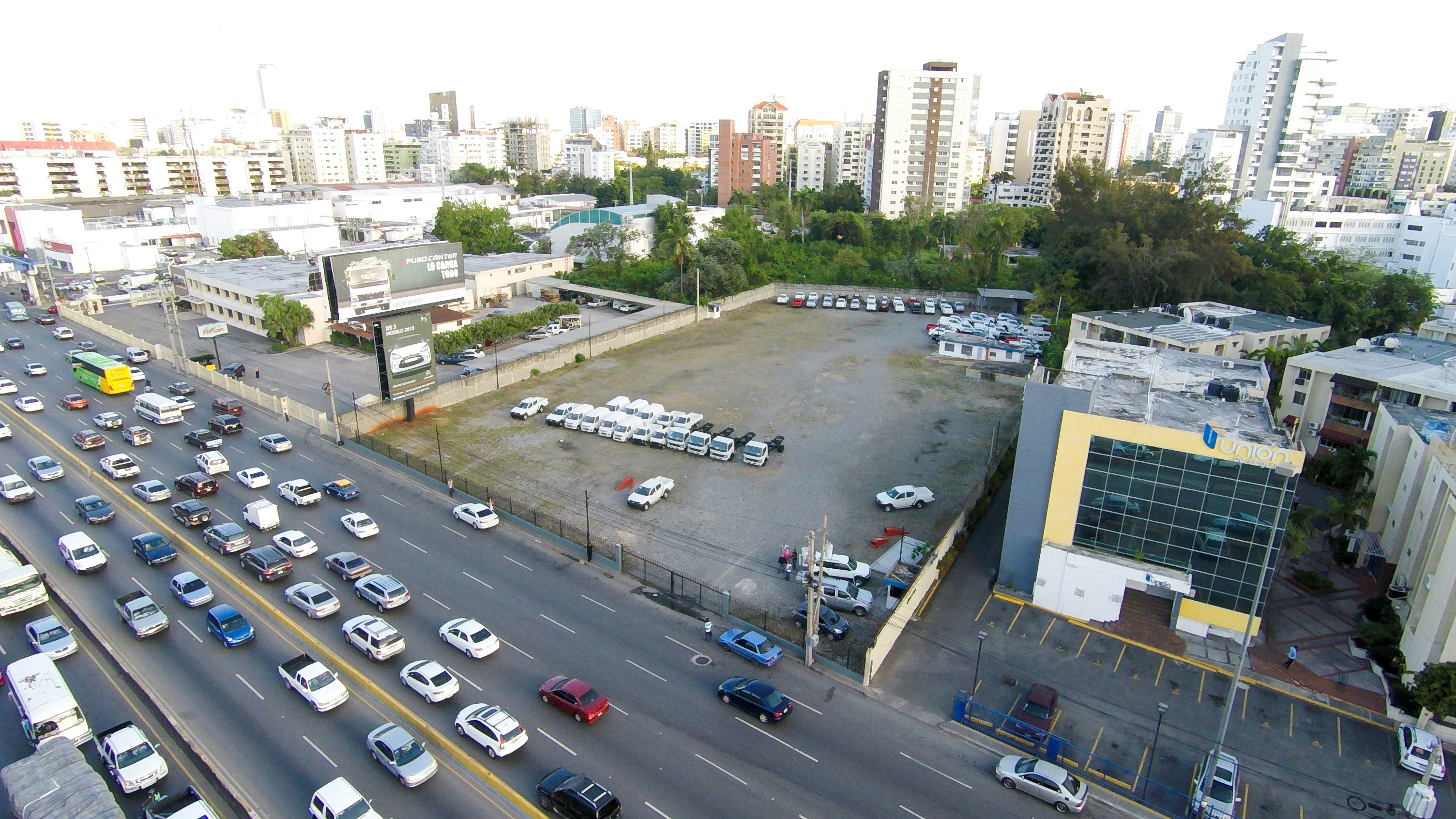 SOLD ! 6,750 m2 Prime Lot in the Financial and Commercial Center of Santo Domingo
