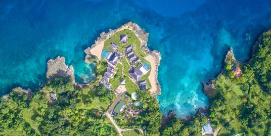 A Private Resort with 14 Luxury Suites