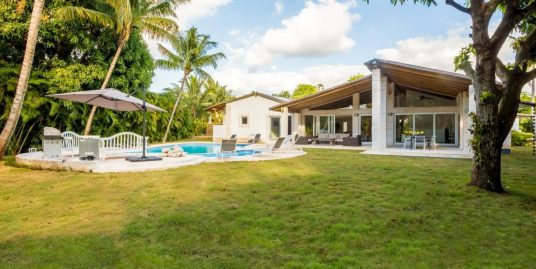 Splendid Villa at Los Lagos