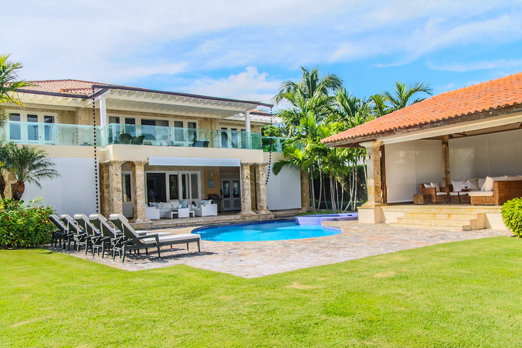 SOLD ! Impressive Views 4 Bedroom Villa at Tortuga
