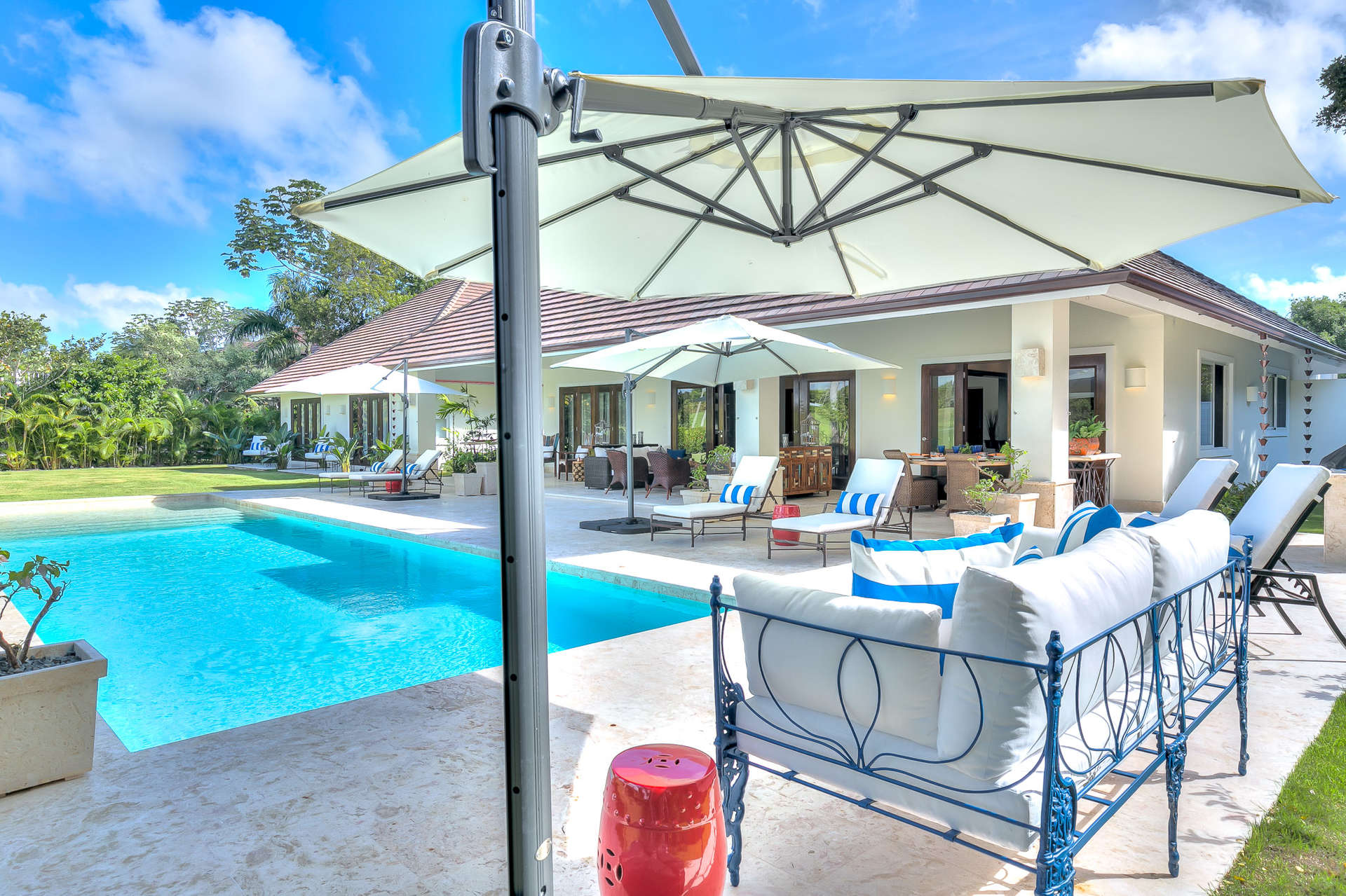 Luxury Villa in Punta Cana with private pool and kitchen