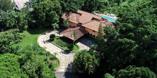 Barranca Oeste 18 – Gorgeous 2 Story Villa