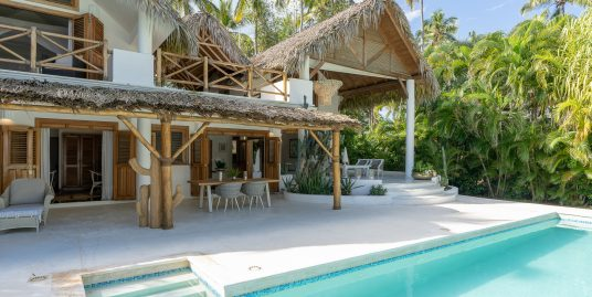 SOLD ! – New Beachfront Villa at Cap Bonita, Las Terrenas