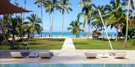 Prime Beachfront Villa at Los Nomadas, Playa Coson, Terrenas