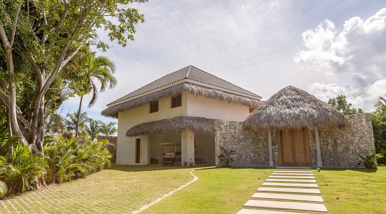 Arrecife 1 - Puntacana Resort & Club - Luxury villa for sale-1