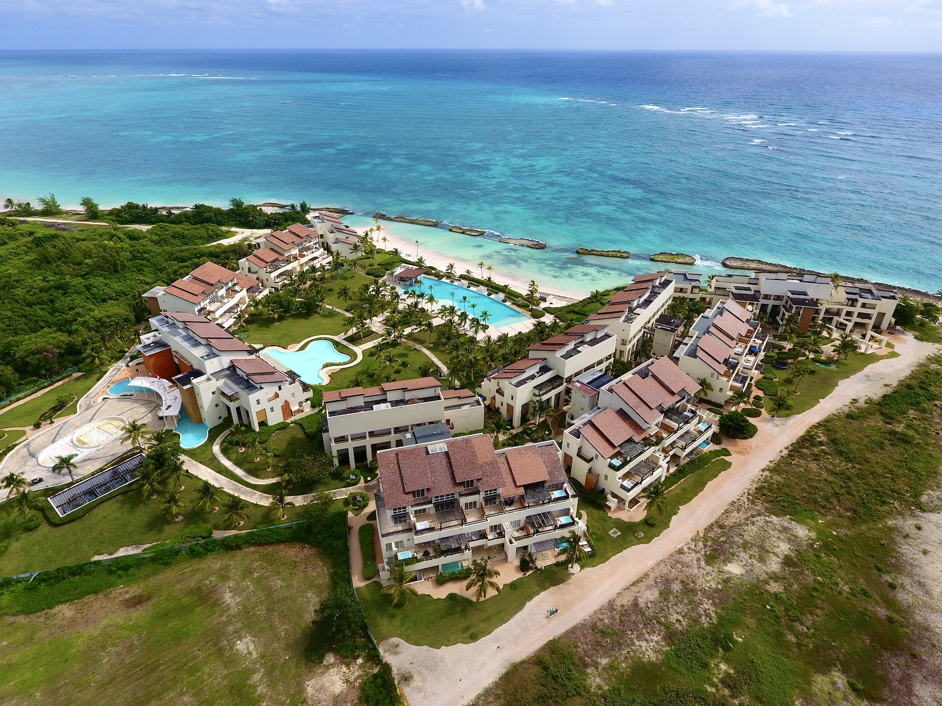 Oceanfront Penthouse 2 Bedrooms at Soto Grande