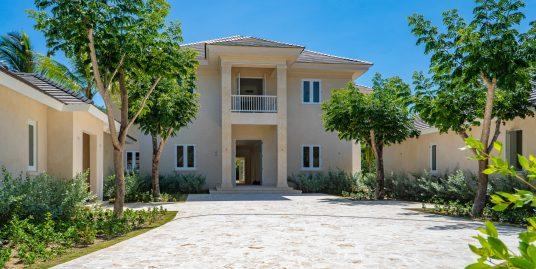 New Arrecife Golf Front Luxury Villa