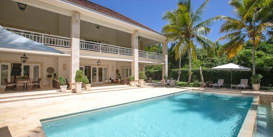 Golf front Classic Arrecife Villa