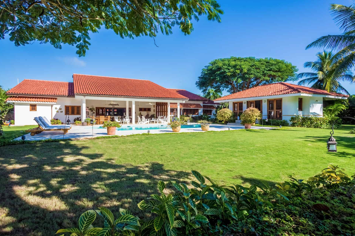 The Links Golf Front Villa at Barranca Oeste 8