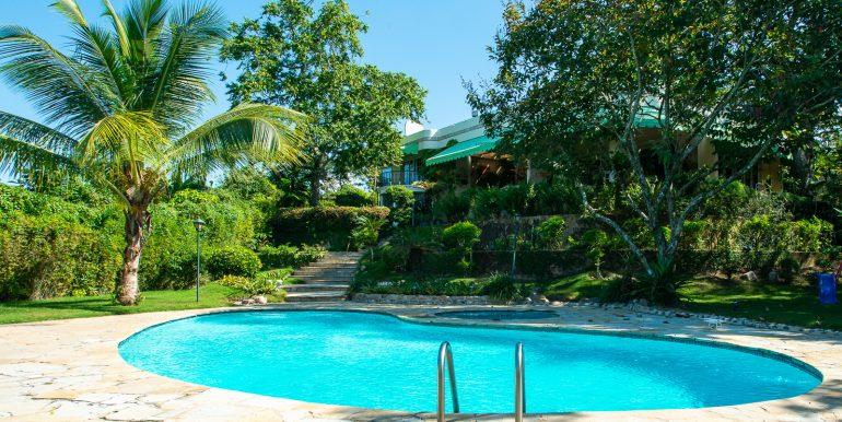 Casa sobre el Rio - Cuesta Hermosa - QA-24