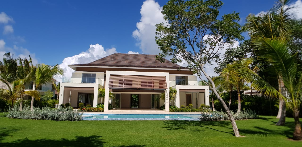 Hacienda New Golf front Villa