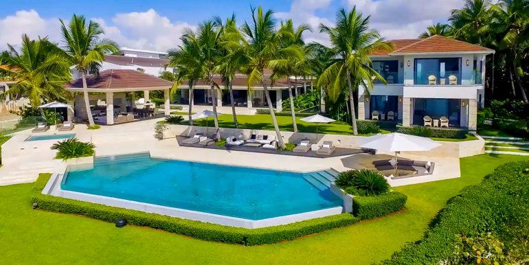 Punta Minitas 18 - Casa de Campo - Luxury Villa for Sale - Oceanfront 00001
