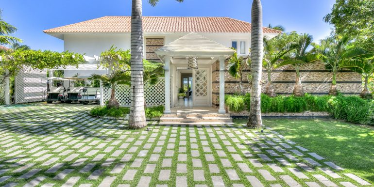 Tortuga B9 - Punta cana Resort - Luxury Real Estate for sale Front