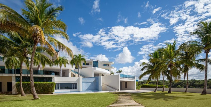 MILLION DOLLAR VIEWS ! Contemporary Tropical Hillside Mega Mansion