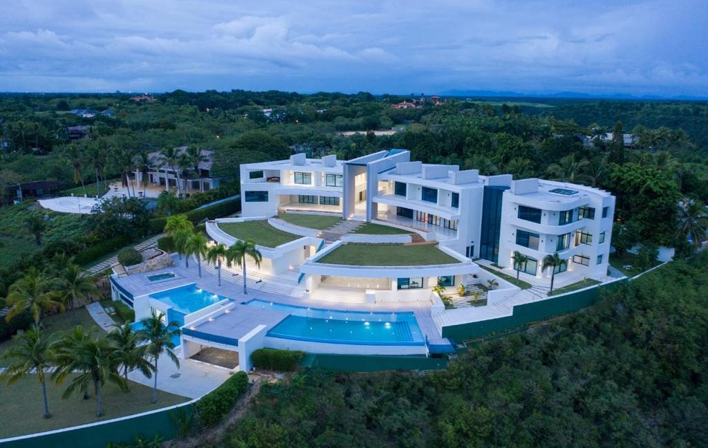 Rio Mar 23 - Casa de Campo Resort - Luxury Villa for Sale00017