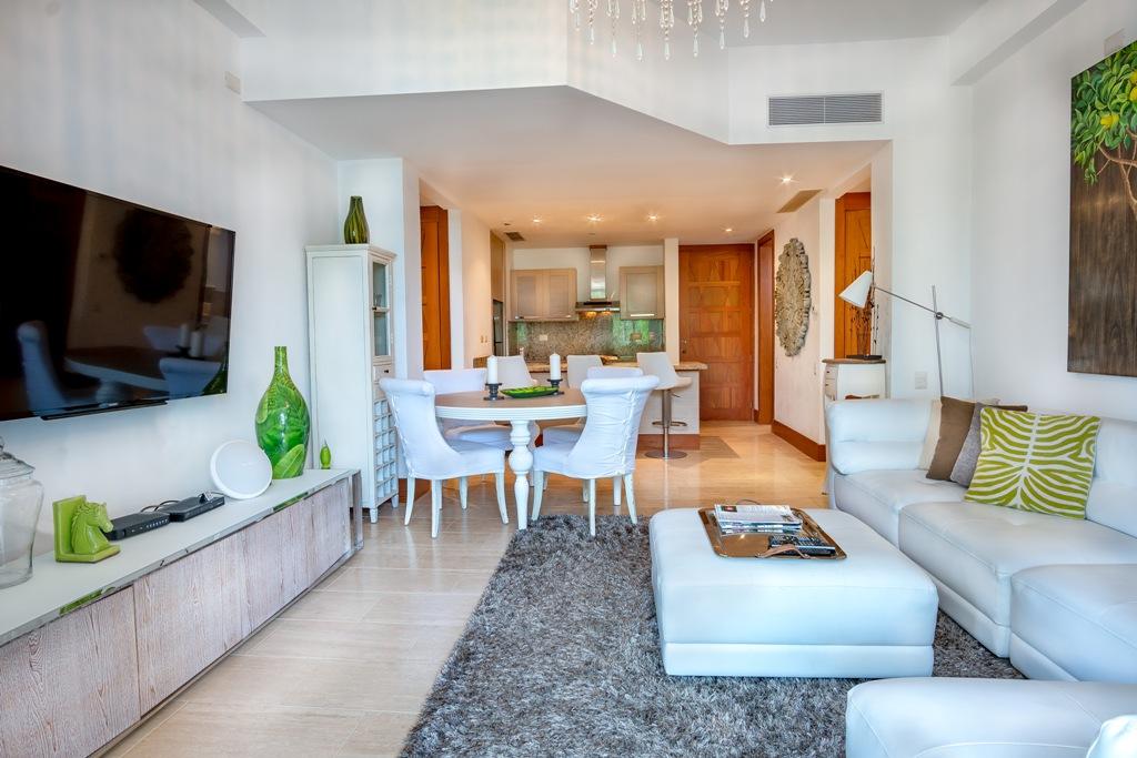 Luxury 2 beds Condo at Los Altos,  Casa de Campo